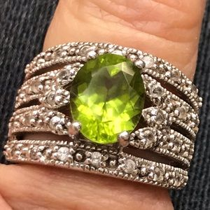 Vintage Sterling Silver Peridot CZ Cocktail Ring 6